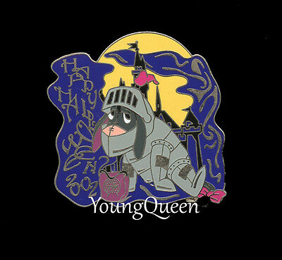 WDW Disney Eeyore Knight in Armor Halloween Le Pin