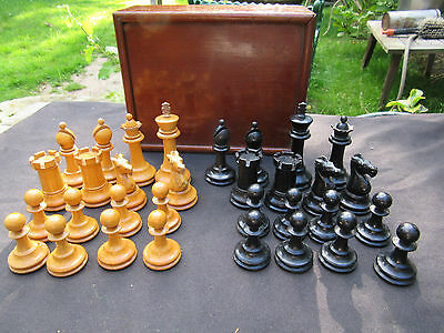 Early C20 Chess Set Staunton Pattern Wooden in Mahogany Box largest piece 8 cm