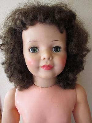 Vtg PATTI PLAYPAL Doll G-35 BRUNETTE Curly Hair Green Eyes GREAT COLORING