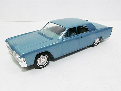 1965 Lincoln Continental 4DR Promo, graded 8 out of 10.  #22743