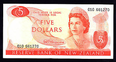 New Zealand $5 Note ND 1967-68 Fleming Note QEII Crisp gF Prefix 010 P. 165a