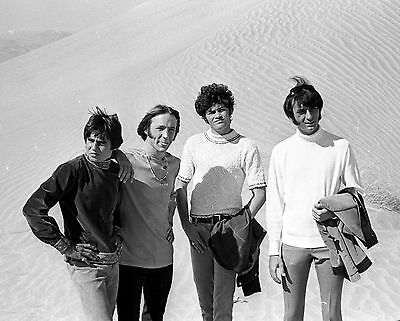 """The Monkees 10"""" x 8"""" Photograph no 13"""