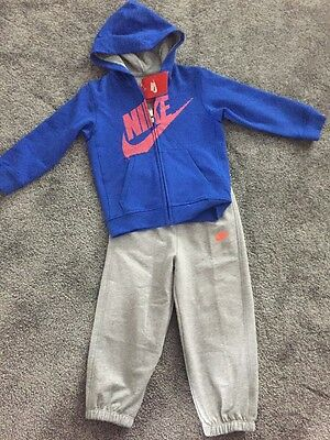 Boys Nike Tracksuit Age 2-3 Years * New *
