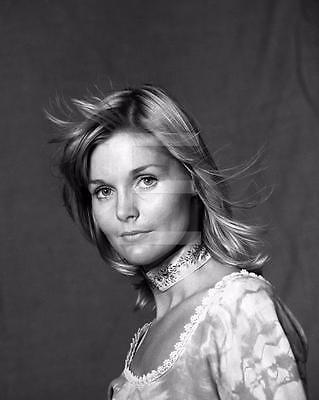 Carol Lynley 8x10 to 24x36 Photo Poster Canvas GICLEE PRINT by LANGDON HL65