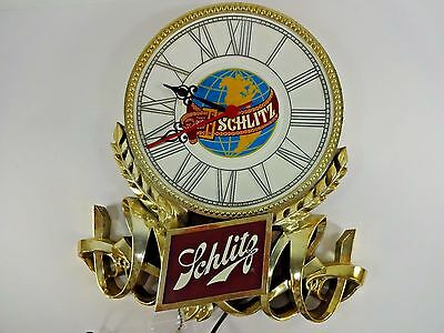 Vintage SCHLITZ BEER BAR ADVERTISING CLOCK with working light Man Cave