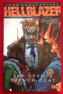 John Constantine Hellblazer The Devil's Trench Coat_Vertigo Dc Graphic Novel