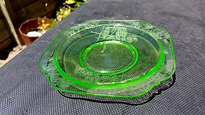 Green Federal Glass Parrot Saucer