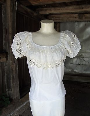 Vtg 1950's White Cotton Eyelet and Lace Peasant Blousel * XS-S