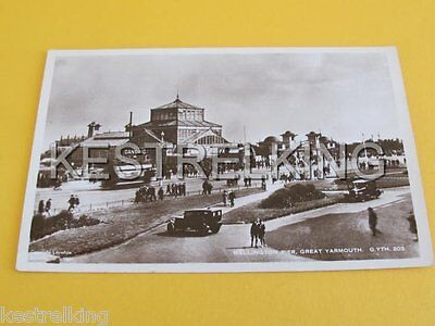 Wellington Pier Great Yarmouth GB Postcard