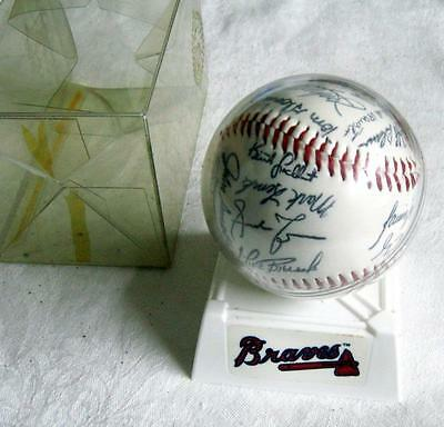 ATLANTA BRAVES ~ 1997 Team Signed Baseball