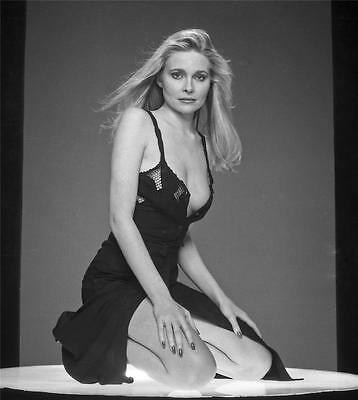 Priscilla Barnes 8x10 11x14 16x20 24x36 24x54 photo canvas by Langdon HL969