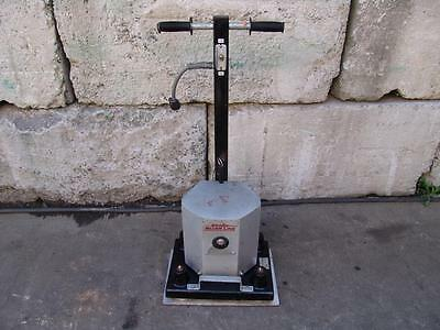Essex Silverline 1218R Square Orbital Floor Sander Nice Unit