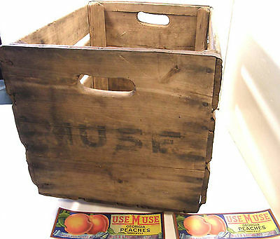 VINTAGE WOODEN CRATE MUSE PERRY GA PEACH PEACHES ORCHARD w/ 2 ORIG LABEL LP SIZE