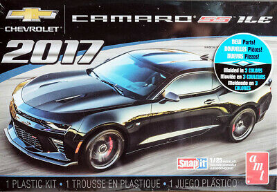 2017 Chevrolet Camaro SS 1LE Snapit Chevy 1:25 AMT Model Kit Bausatz AMT1032