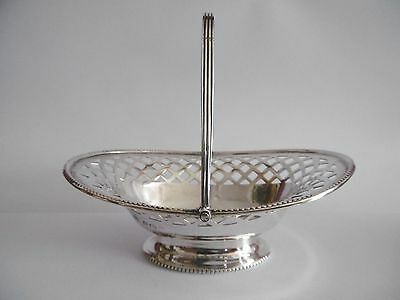 Lovely Solid Silver Small Swing Handle Basket Bon Bon William Hutton C1922