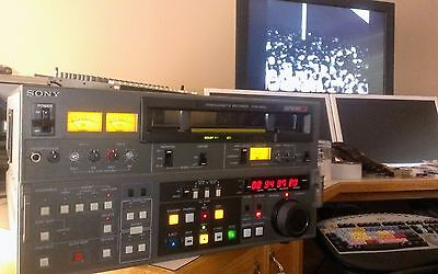 Sony PVW-2800 Betacam SP Videocassette Recorder - Tested - Good Condition