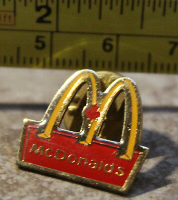 McDonalds Maple Leaf Canada Arches Employee Collectible Pinback Pin Button