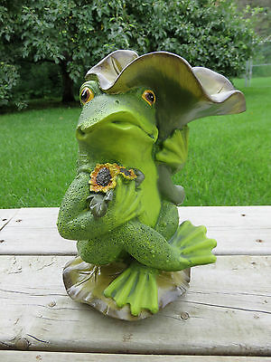Frog Bird Feeder Resin Garden Decor New 10.8 in tall Yard Decor Ornament
