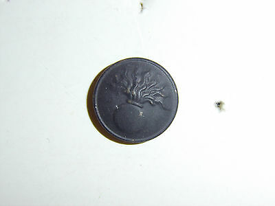 b2441 WW 1 French Infantry small button B2D21