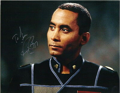 Richard Biggs on Babylon 5 as Dr. Franklin Autographed 8 x10 Glossy Photograph