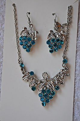 vintage style jewelry set Aqua crystal grape necklace earrings Silver tone set