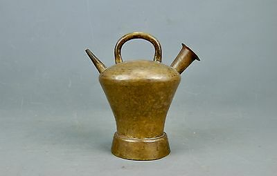 Antique Arts & Crafts Primitive hammered Brass double spout Oil Lamp Light 1900s