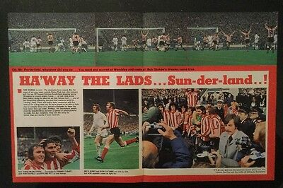 *1973* STUNNING A3 Football picture poster SUNDERLAND v LEEDS FA CUP FINAL