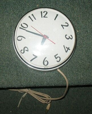Vintage General Electric Model 2127 Electric Kitchen Wall Clock Mid Century