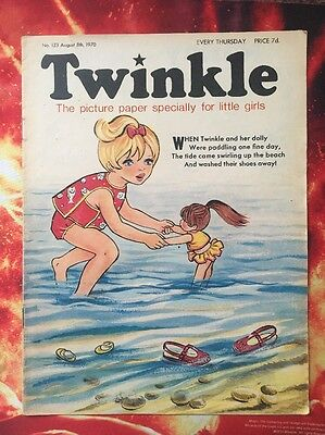 Twinkle  Comic No. 133. 8 August 1970. Dress Twinkle Page. Puzzles Not Done. Vfn