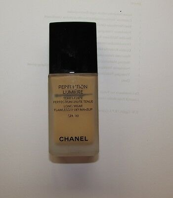 Chanel Foundation Perfection Lumiere 50 beige
