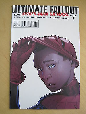 ULTIMATE FALLOUT : SPIDERMAN NO MORE 4. 1st Miles Morales. By BENDIS.MARVEL.2011