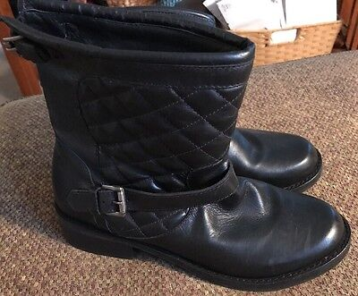 Matisse Homestead Women's Black Leather Quilted Pull On Ankle Boots Sz 9.5 M