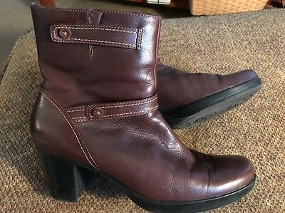 Clarks Women's Brown Leather Ankle Boots Sz 9 M