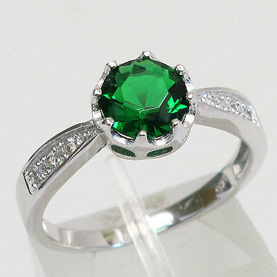 Impressive 1.5 Ct Round Cut Emerald 925 Sterling Silver Ring Size 9