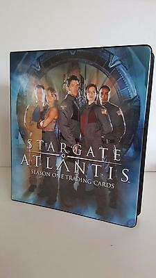 Stargate Atlantis Season 1 official binder/album from Rittenhouse Archives