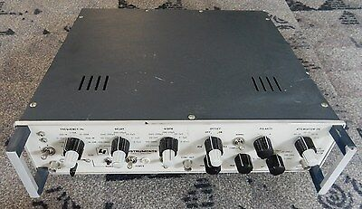 Lyons Instruments Pg-2B Pulse Generator. Tested, Working