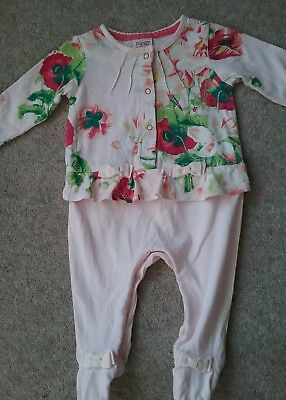 TED BAKER BABY GIRL  Age 3-6 months ALL IN ONE DAY SUIT .GREAT CONDITION Floral