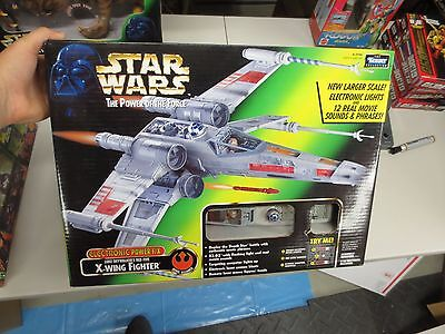 1997 Kenner Star Wars Power of the Force Luke Skywalker's X-WING FIGHTER NEW-NOS