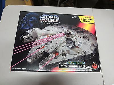 1995 Kenner Star Wars Power of the Force MILLENNIUM FALCON (NEW-NOS)