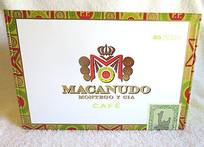 Macanudo Cafe Hampton Court Paper Covered  Wood Cigar Box - Nice !