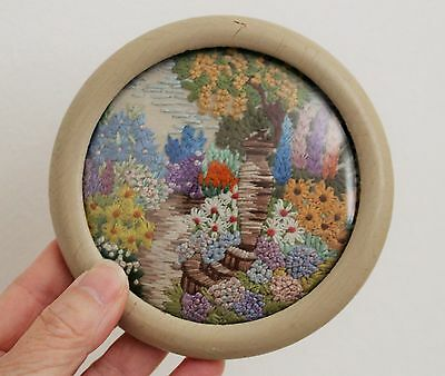 1930s 40s EMBROIDERED COTTAGE GARDEN PICTURE - BEAUTIFULLY EMBROIDERED - MUST C