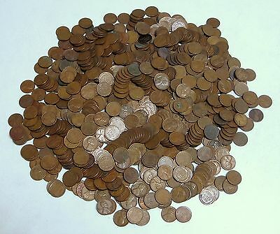 Circulated 5lb. Lot of Mixed, Unsearched Copper Lincoln Wheat Pennies