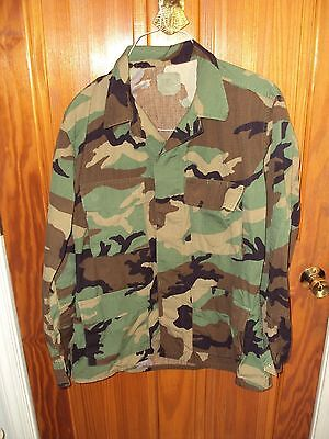U S Military Camouflage Shirt/jacket Size Medium Regular Mens Woodland
