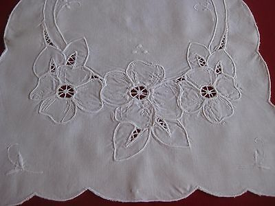 Table Runner, Cotton, Machine Embroidered, 34.5 x 13.25 inches, Cutwork/Flowers