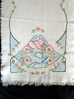 Vintage Southern Belle Embroidered Dresser scarf 13 x 41 Table runner