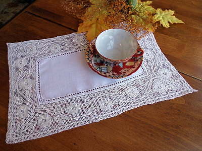 SET of 8 Antique Placemats Italian Handmade Lace and Linen -BOSA Sardinia CLEAN!