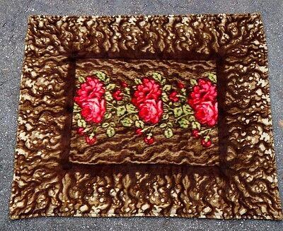 Antique Chase Co.Heavy Mohair Carriage / Buggy Lap Blanket Rose Vine Design Nice