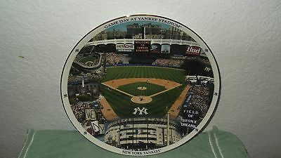 Danbury Mint New York Yankees Game Day  Plate 12 Inches