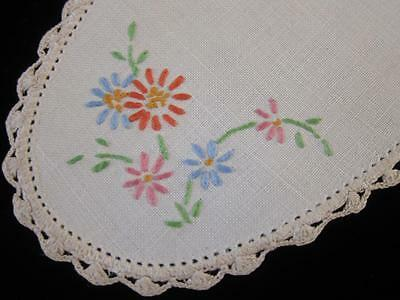 Vintage Sandwich Doily Daisies Hand Embroidered Linen