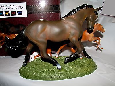 Trail of Painted Ponies Born to Run Mare & Foal 2017 Horses #4058150 NIB w Story